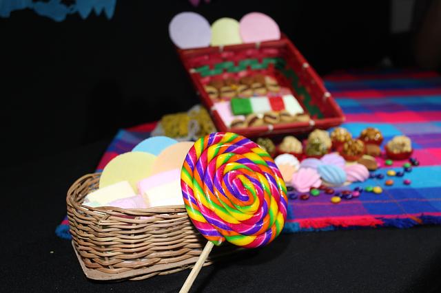 barevné sladkosti