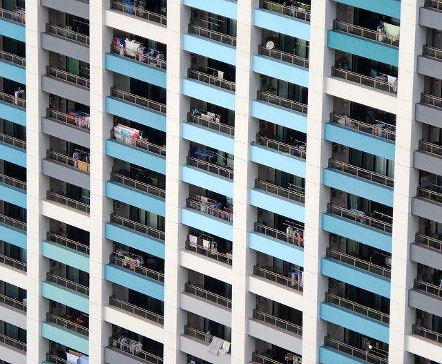 modré balkony