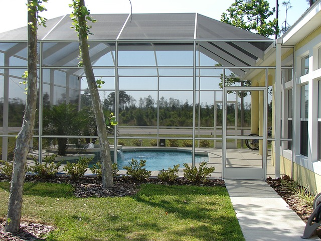bazén v zimní zahradě