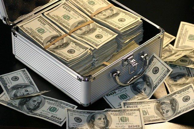 kufr dolarovek