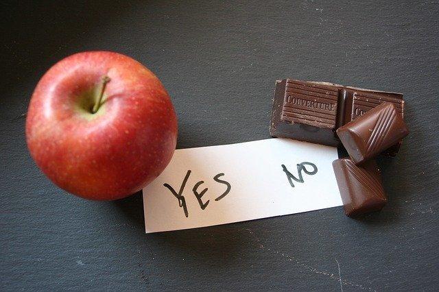 jablko vs čokoláda.jpg