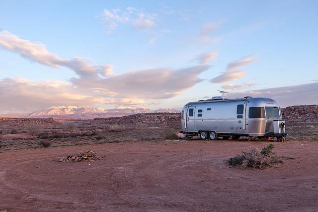 karavan v poušti